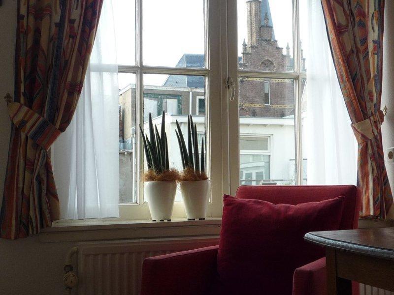 Hotel hanzestadslogement 39 de leeuw 39 in deventer hotelprijzen - Kamer met bad ...