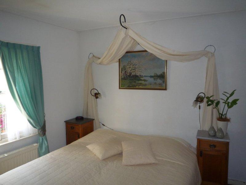 Hotel hanzestadslogement 39 de leeuw 39 in deventer hotelprijzen - Kamer onder de helling ...