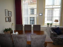 31. woonkamer familie-appartement