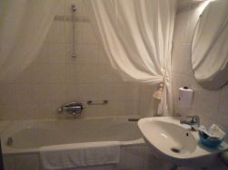 52. luxe suite met bad en toilet